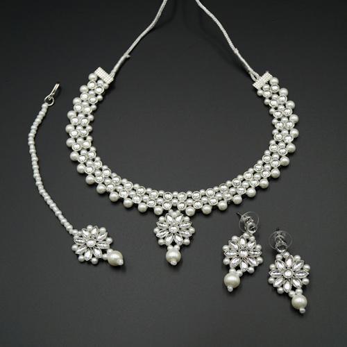 Kama White Kundan Necklace Set - Silver