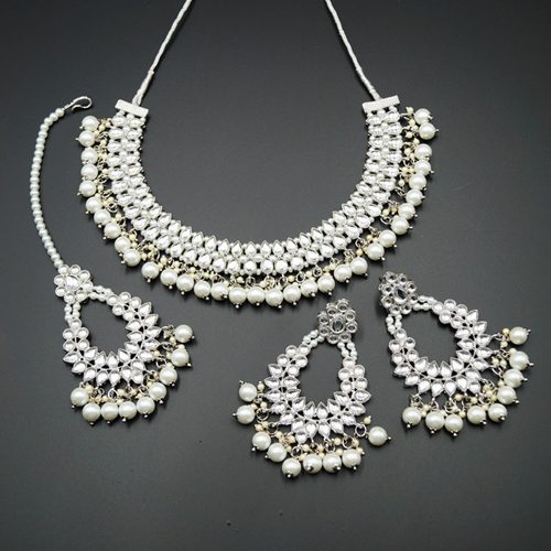 Zyah White Kundan Necklace Set - Silver