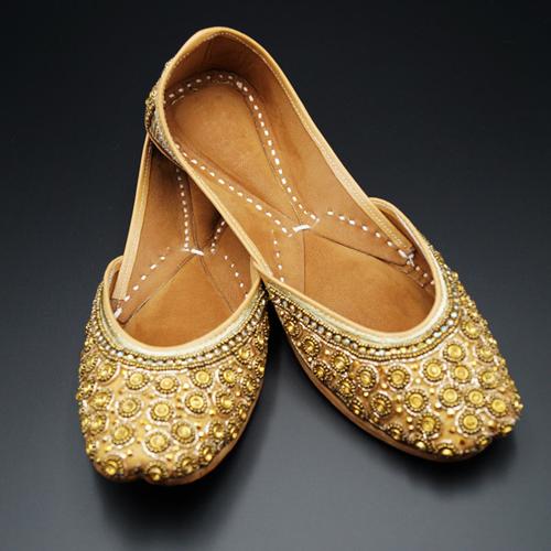 Reema Gold Colour Leather Jutti
