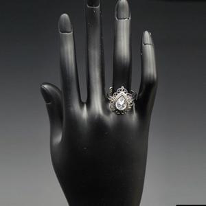 Javyu - White Polki Stone Ring - Silver