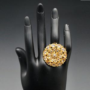 Jeeta- Gold Polki Stone Ring - Gold