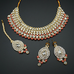 Komal White Diamante/Peach Beads Choker Necklace Set - Gold