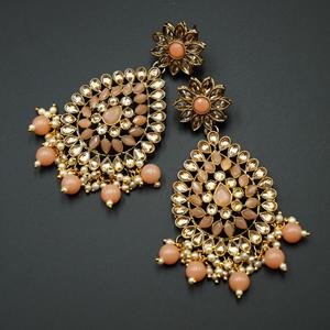 Tarla - Gold Kundan / Peach Bead Earrings - Antique Gold