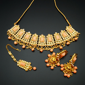 Tagi -Peach Kundan/Gold Stone Pearl Necklace Set - Gold