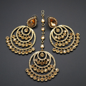 Kritu- Gold Diamante Earrings Tikka set  - Gold