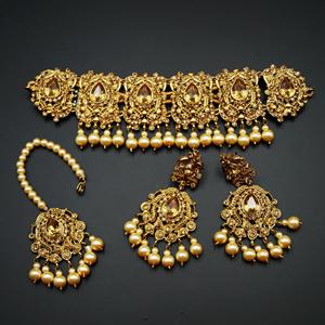 Ipsit- Gold Diamante Necklace Set - Gold