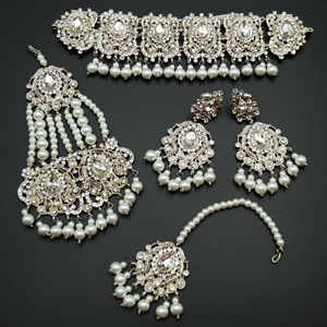 Guna - White Diamante Necklace Set - Silver
