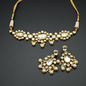 Laashya White Kundan Choker Necklace Set - Gold