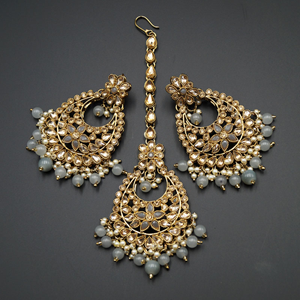 Maanvi Gold Diamante/Grey Beads Necklace Set - Antique Gold