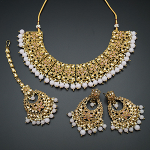 Maanvi Gold Diamante/Light Pink Beads Necklace Set - Antique Gold