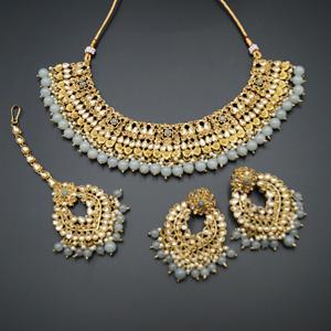Lara Gold Kundan/Grey Beads Necklace Set - Antique Gold