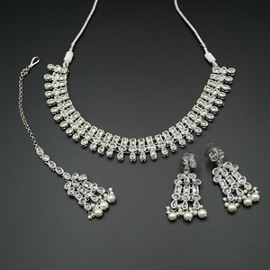 Mano White Polki Stone Necklace Set - Silver