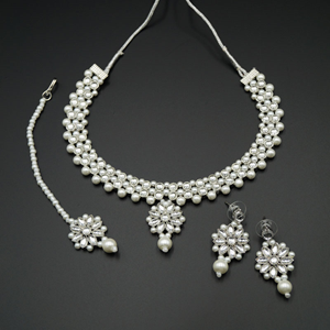 Kama White Kundan Necklace Set - Silver