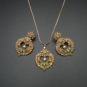 Leea Pista Stone Pendant Set - Antique Gold