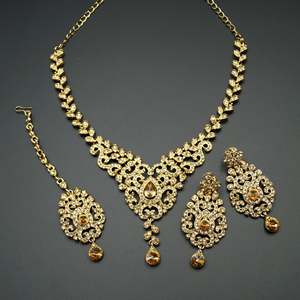 Qia Gold Diamante Necklace Set - Gold