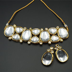 Feena White Kundan Necklace Set - Gold