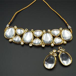 Feena White Kundan Necklace Set - Gold
