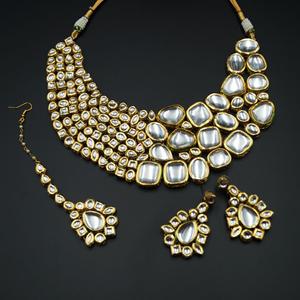 Bincy White Kundan Necklace Set - Gold