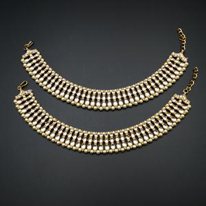 Anra White Kundan Payals - Antique Gold