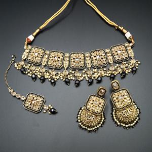 Oshin Gold Polki / Black Beads Necklace Set - AntiqueGold