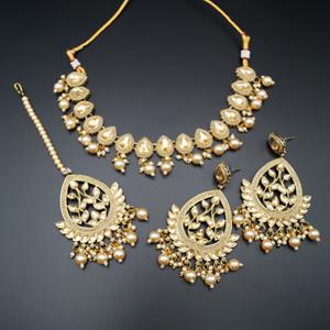 Avan Gold Polki & Gold Beads Necklace Set - Antique Gold