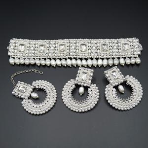 Balin White Polki Choker Necklace Set - Silver