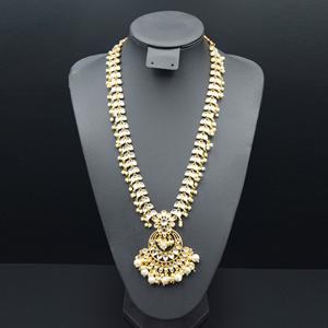 Chitra White Kundan Necklace Set - Gold