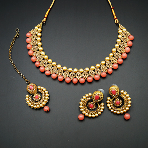 Twisa Gold Diamante/Coral Beads Necklace Set - Gold