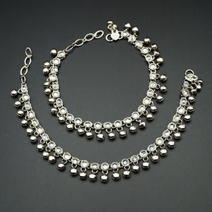 Divij White Polki/ Ghungroo Payals - Silver