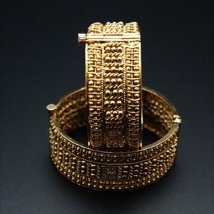 Praja Gold Polki Stone Kharas -Antique Gold