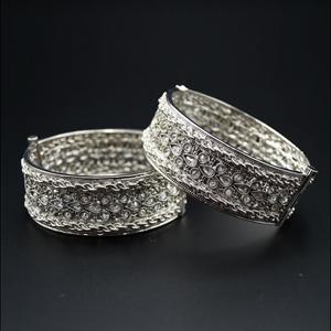 Alda White Polki Stone Kharas -Silver