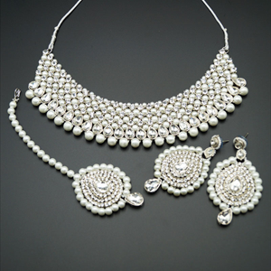 Lira White Diamante and Pearl Choker Necklace Set - Silver