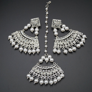 Bisthi White Diamante Earring Tikka Set - Silver