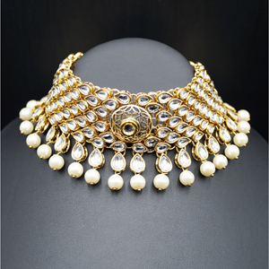 Nira White Choker Necklace Set - Gold