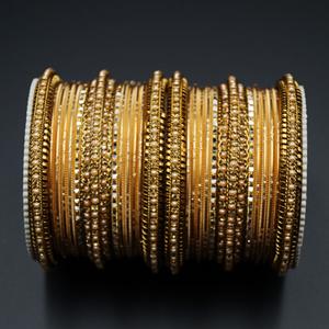 Hamsa Gold Diamante and Champagne Pearl Bangle Set - Gold