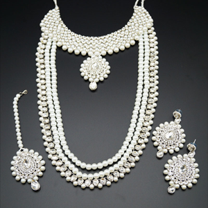 Devaki White Diamante and Pearl Necklace/Long Haar Set - Silver