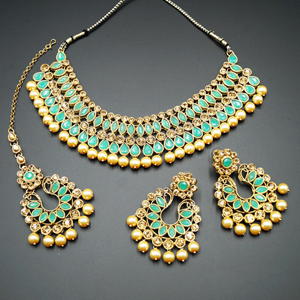 Anita Pista/ Gold Choker Necklace Set - Gold