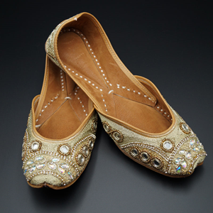 Leha Gold Colour Leather Jutti