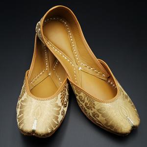 Leya Gold Colour Leather Jutti