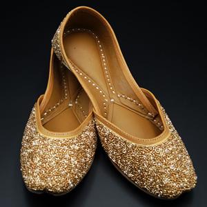 Krina- Gold Colour Leather Jutti